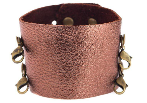 They also carry these sets of bracelets in silver and gold that can be worn by themselves or layers with some of their stunning cuffs.